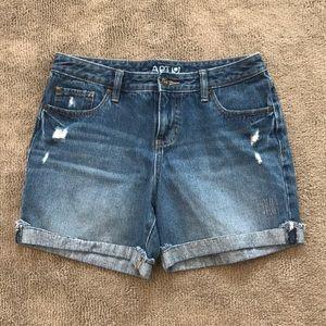 Apt 9 Demin Cuffed Shorts (size 6)